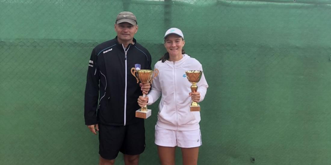 Finalistka turnirja ITF v Romuniji in zmagovalka v dvojicah